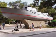 Памятник у речного порта г.Евпатория, Крым