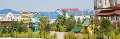 Вид на коттеджи с моря п.Николаевка, Крым