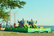 Детский городок на пляже. п. Вардане, г. Сочи