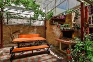 Зона отдыха с мангалом в гостевом доме «Ольга», г. Геленджик